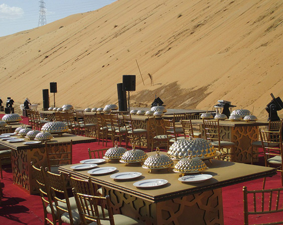 Everything is ready for the feast in Desert!